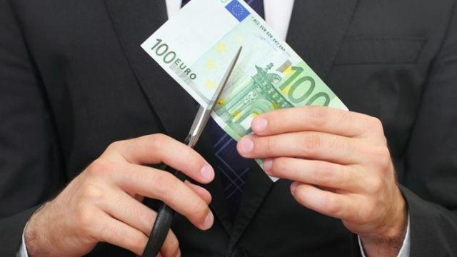 Οι τράπεζες διαγράφουν τα πανωτόκια των καταναλωτικών δανείων