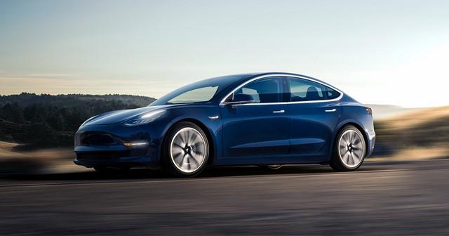Elon Musk: Η λειτουργία φωνητικών εντολών έρχεται στο Model 3