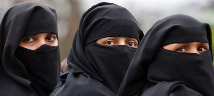 Σ. Αραβία: Άνοιξε τις πύλες της η πρώτη έκθεση αυτοκινήτου αποκλειστικά για γυναίκες