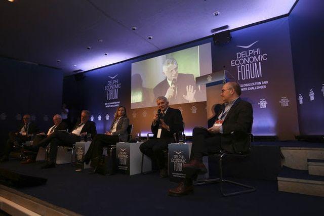 Delphi Economic Forum 2018: Αναγκαία η τραπεζική ένωση στην Ευρωζώνη