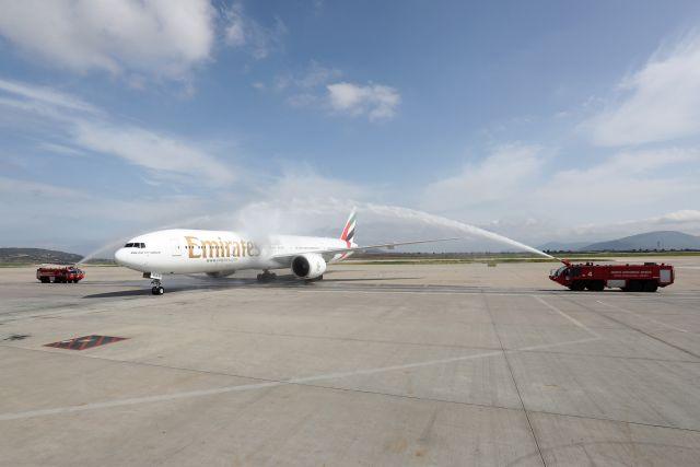 Ένας χρόνος πτήσεις Αθήνα - Νέα Υόρκη με την Emirates