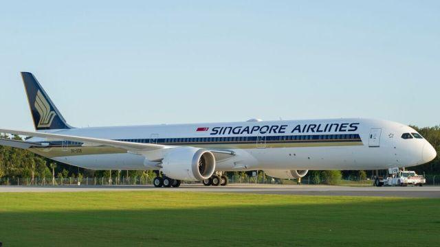 Singapore Airlines: Το πρώτο Boeing 787-10 σε πτήση για ΟΣΑΚΑ