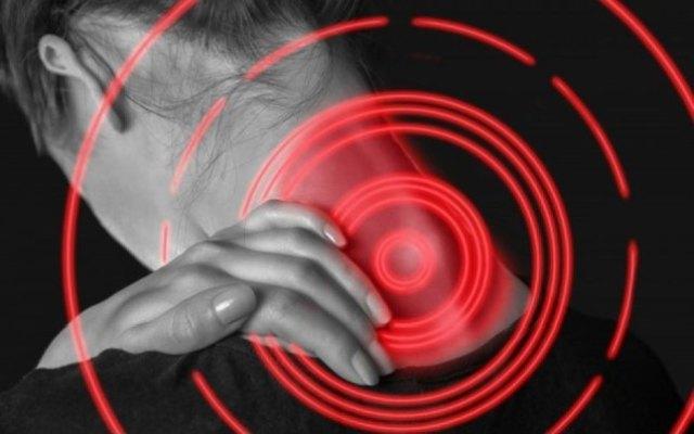 Αυχενικό: Ό,τι πρέπει να ξέρουμε για την πρόληψη και την ανακούφισή του