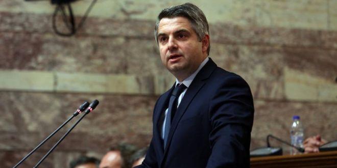 Κεντροαριστερά: Αποσύρεται από τη μάχη για την ηγεσία ο Κωνσταντινόπουλος