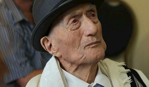 Απεβίωσε ο γηραιότερος άνδρας του κόσμου