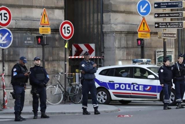 Γαλλία: Υπό την επήρεια αλκοόλ και ναρκωτικών ο δράστης του Ορλί
