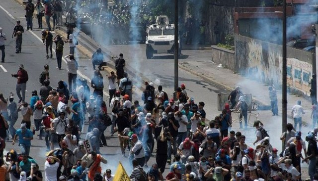 Ακόμη ένας νεκρός σε διαδήλωση στη Βενεζουέλα