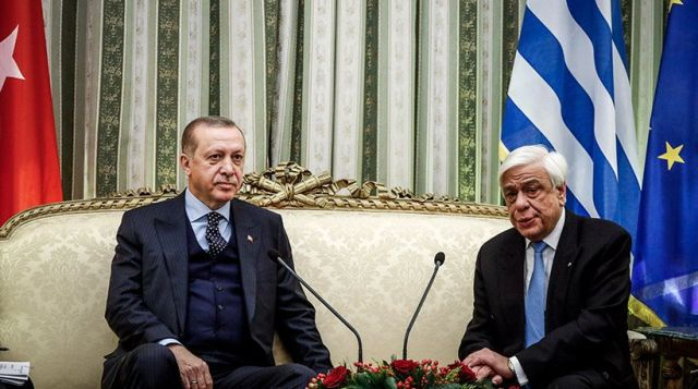 Προκλητικός ο Ερντογάν, λεξιμαχίες στο Προεδρικό Μέγαρο