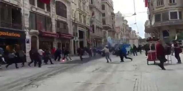 Επεισόδια στην Κωσταντινούπολη - Μαχαίρωσαν οπαδό του Ολυμπιακού