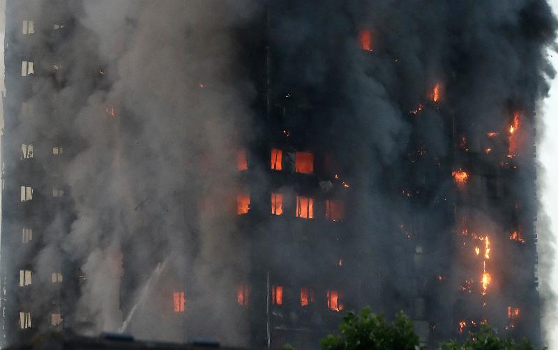 Στους 79 οι νεκροί στον πύργο Γκρένφελ του Λονδίνου