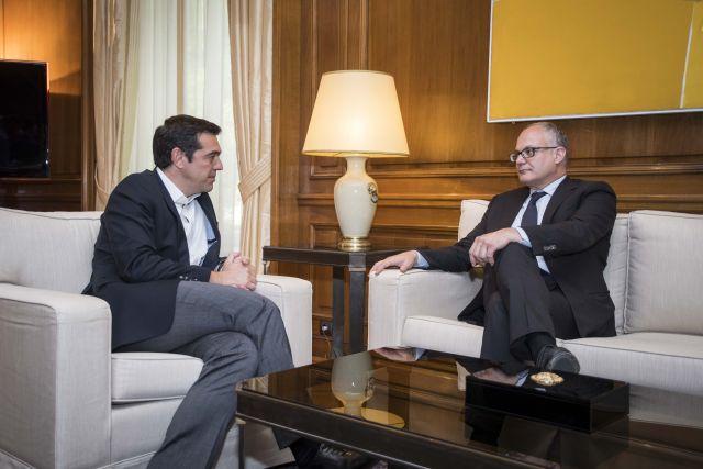 Τα επόμενα βήματα της ελληνικής οικονομίας στην συνάντηση Τσίπρα - Γκουαλτιέρι