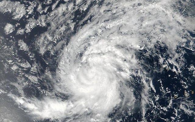 Τρόμος για τον τυφώνα Ίρμα, εκκενώνονται περιοχές της Φλόριντα