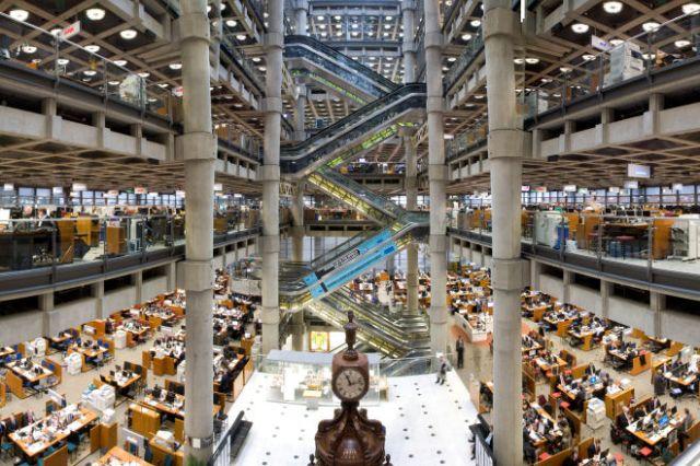 Συμφωνία μεταξύ Lloyds και εταιρεία Τεχνητής Νοημοσύνης