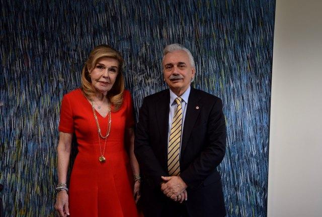 Τιμητική Διάκριση στον Πρόεδρο του Ε.Ε.Σ. από το Ίδρυμα «Μαριάννα Β. Βαρδινογιάννη»