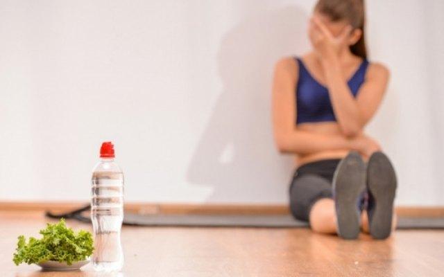 Παρανομούν πιο εύκολα οι γυναίκες με διαταραχές πρόσληψης τροφής