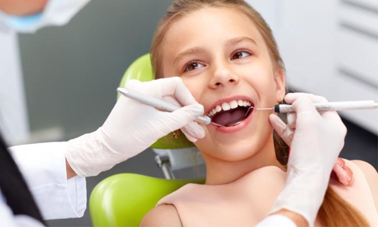 Καμπάνια για το βούρτσισμα των δοντιών από τα παιδιά