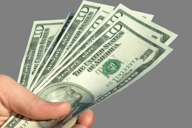Άνοδος του δολαρίου εις βάρος του ευρώ