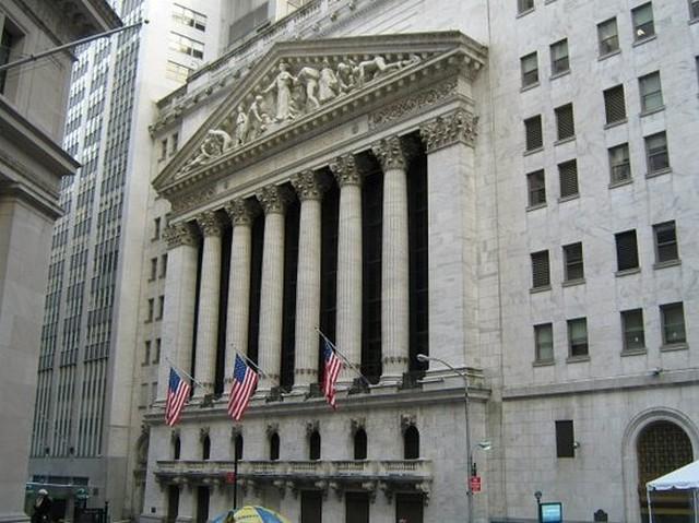 Ισχυρή άνοδος στην Wall Street, ρεκόρ ο Nasdaq