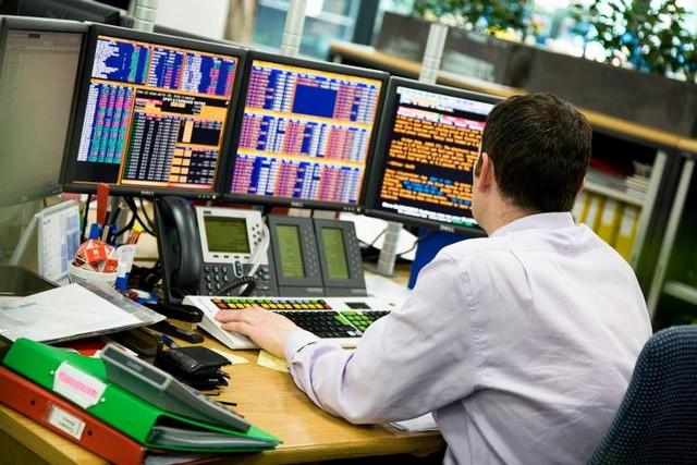 Σε σταυροδρόμι το χρηματιστήριο, «καύσιμο» οι ισχυρές προσδοκίες