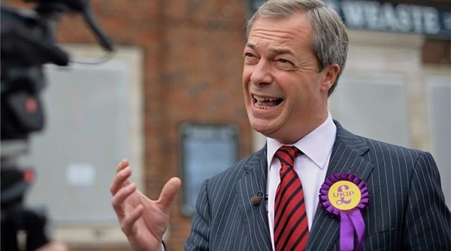 Δεν θα κατέβει στις βρετανικές εκλογές ο Φάρατζ