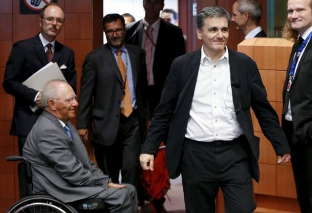 Εκκρεμότητες και γ' αξιολόγηση στο επίκεντρο του Eurogroup