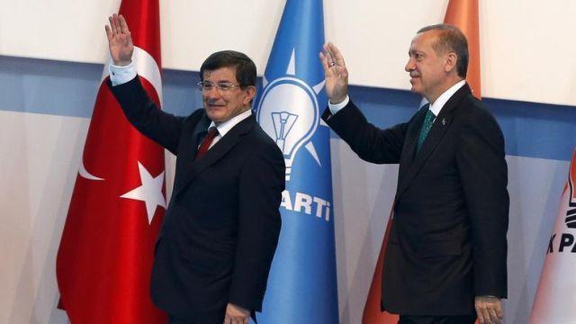 Σκηνικό θερμού επεισοδίου στήνει η Τουρκία στο Αιγαίο