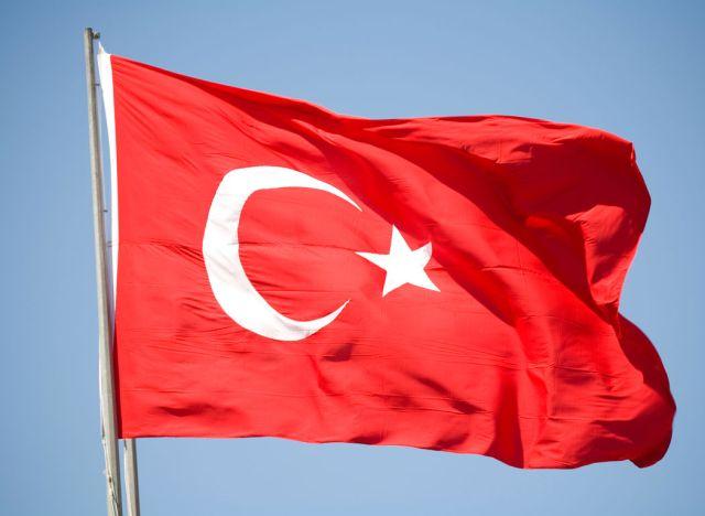 De Morgen: «Σε σπιράλ βίας η Τουρκία»