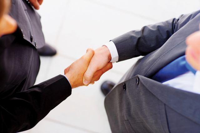 ΕΓΔΙΧ: Δωρεάν υπηρεσίες σε υπερχρεωμένους δανειολήπτες