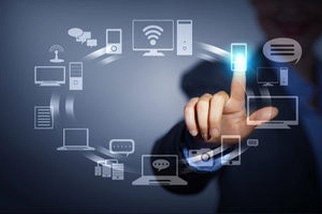 Βελτιώνεται η σχέση των ελληνικών επιχειρήσεων με την τεχνολογία