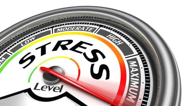 Handelsblatt: Οι ελληνικές τράπεζες περνούν τα stress tests