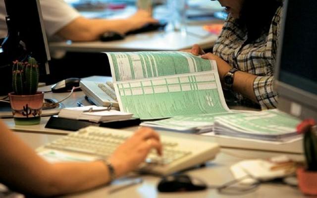 Πάνω από 1.000 ευρώ ο μέσος φόρος εισοδήματος