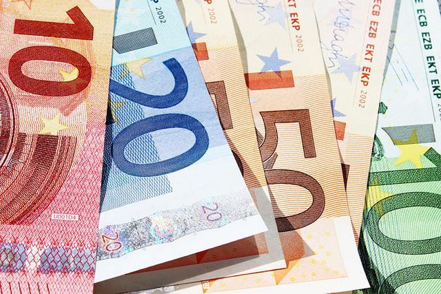 Περιορισμένες οι πληρωμές ληξιπρόθεσμων του Δημοσίου τον Αύγουστο