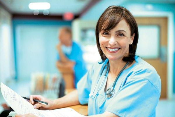 Προχωρούν οι διαδικασίες για σχολικούς νοσηλευτές