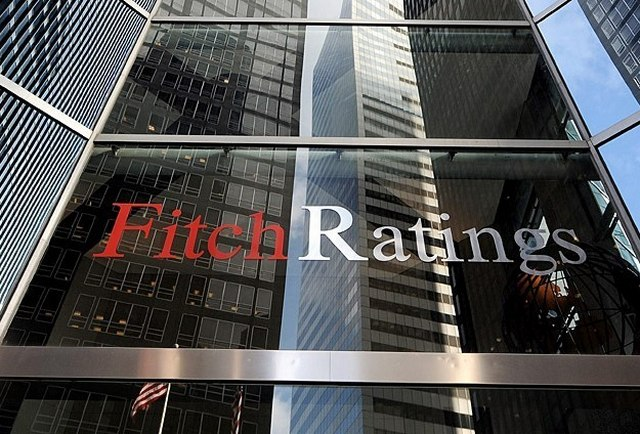 Fitch: Οι 4 «γίγαντες» της αγοράς δεν πτοούνται από τις καταστροφές