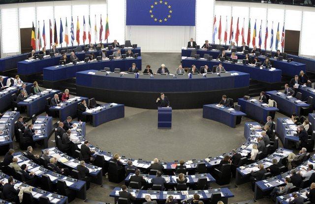 Στο Ευρωκοινοβούλιο η β΄αξιολόγηση παρουσία Ντάισελμπλουμ