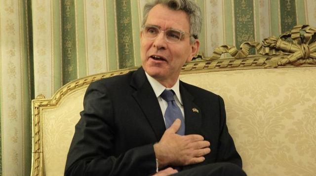 Πάιατ: Δεν έχει κανένα στοιχείο για Έλληνες πολιτικούς το FBI