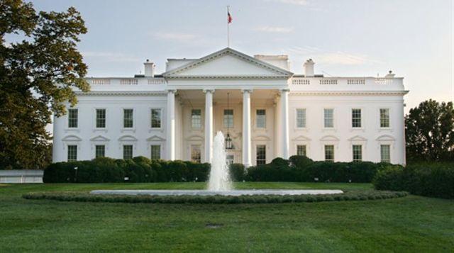 Παρελθόν ο εκπρόσωπος Τύπου του Λευκού Οίκου!