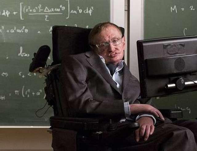 Στο διαδίκτυο η διατριβή του Hawking για τη διαστολή του σύμπαντος Stephen_Hawking_321983715