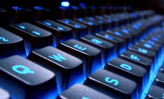 Facebook, YouTube, Twitter και Microsoft στη μάχη κατά της τρομοκρατίας