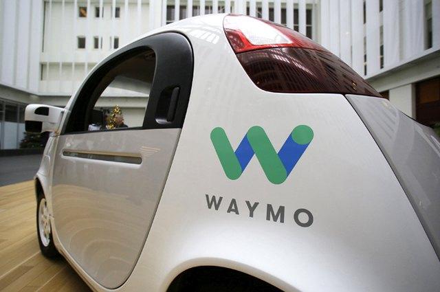 Εκστρατεία Google: Γιατί πρέπει να περάσουμε σε αυτο-οδηγούμενα οχήματα