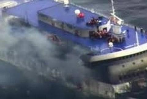 Επιβάτης Norman Atlantic: Λαθρομετανάστες είχαν ανάψει φωτιά στο γκαράζ