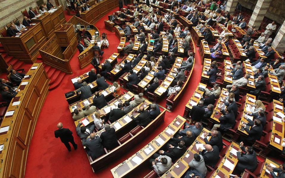 Βουλή: Σύγκρουση για Noor-1 και Καμμένο