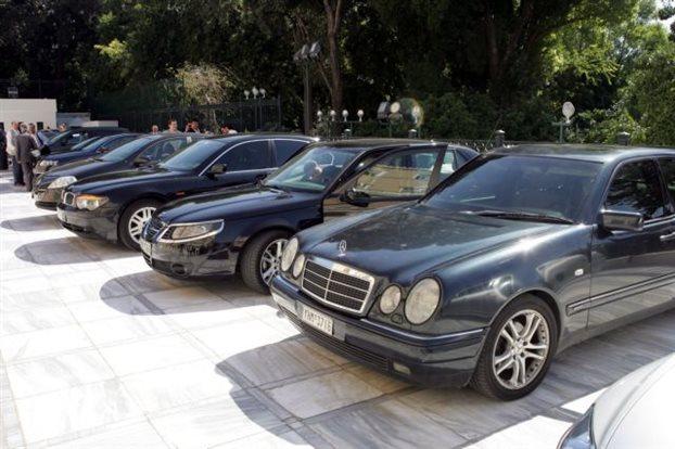 Αυξάνονται οι πωλήσεις αυτοκινήτων