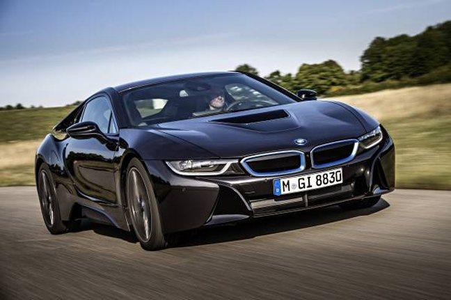 Πρόστιμα €133 εκατ. σε Mercedes Benz και BMW στην Ελλάδα για φόρο-τρικ