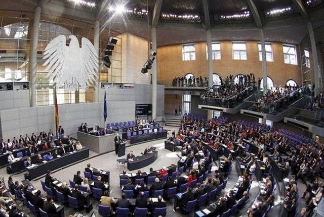 Γερμανία: Μέτρο της υγείας της Δημοκρατίας το ποσοστό του AFD