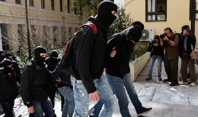 Προφυλακιστέοι οι 4 από τους 7 για την οργάνωση Combat 18