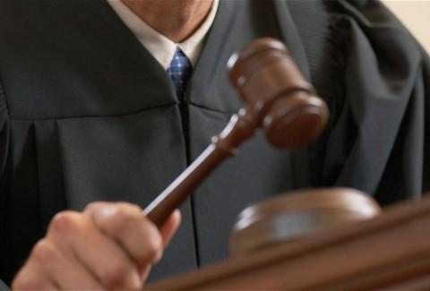 Αυτοεξαιρούνται οι δικαστές από το πόθεν έσχες!