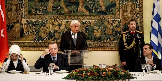 Έπεσαν οι τόνοι στο επίσημο δείπνο προς τιμήν του Ερντογάν