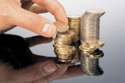 Ρευστοποιούνται κέρδη στις τραπεζικές μετοχές