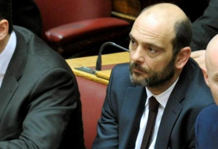 Προσχώρησε στη ΝΔ ο βουλευτής Ιάσων Φωτήλας